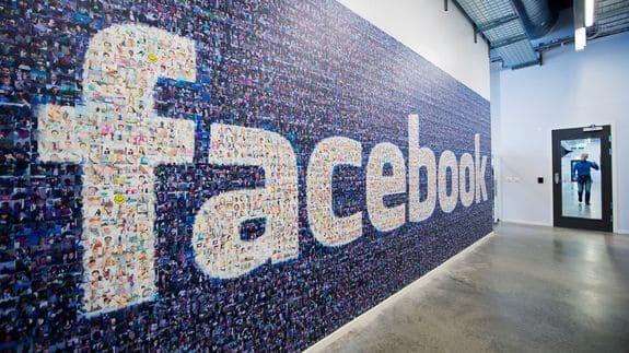 تحميل فيس بوك مجانا بدون فيروسات